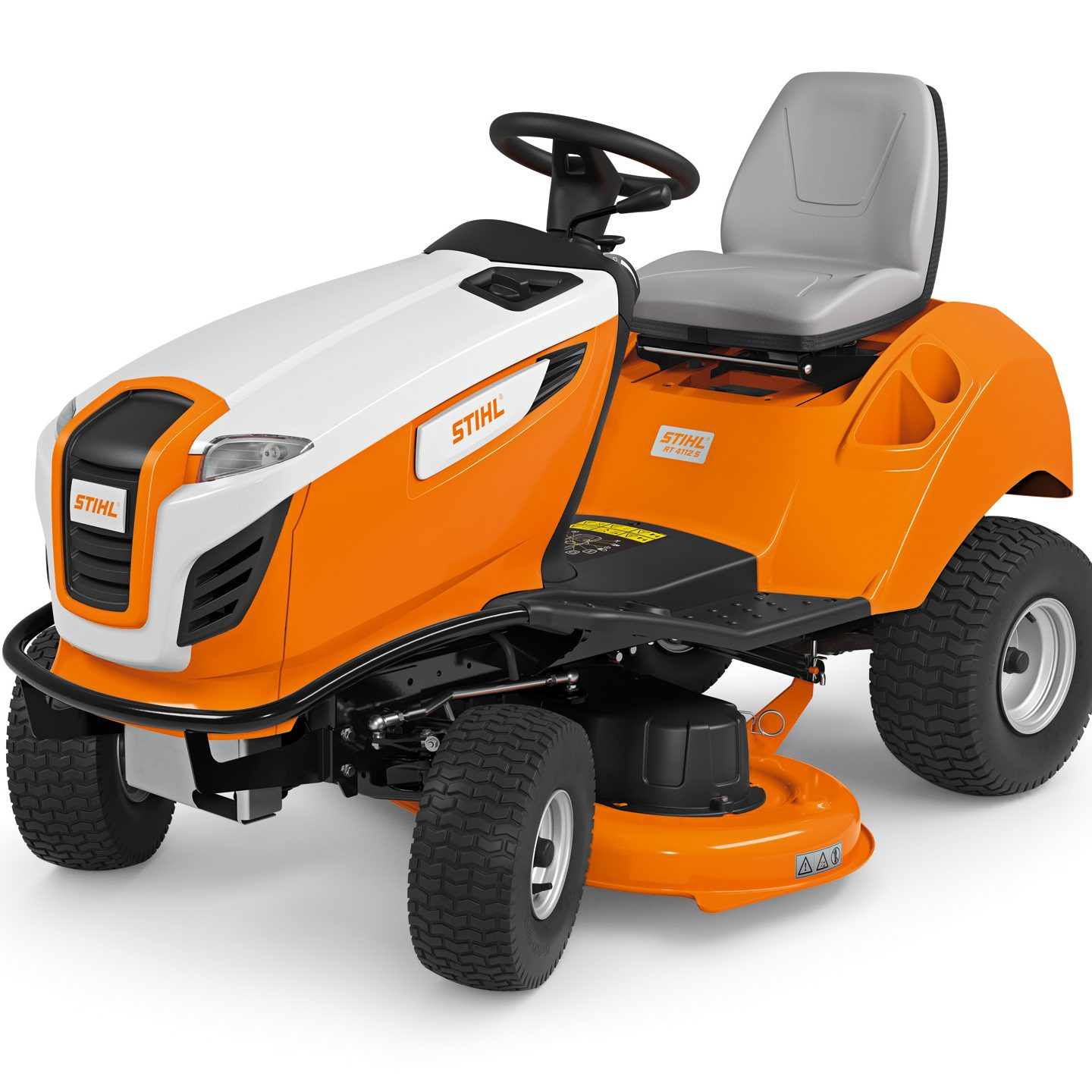 RT 4112 S - COMPACT SIDE DISCHARGE LAWN TRACTOR WITH WIDE