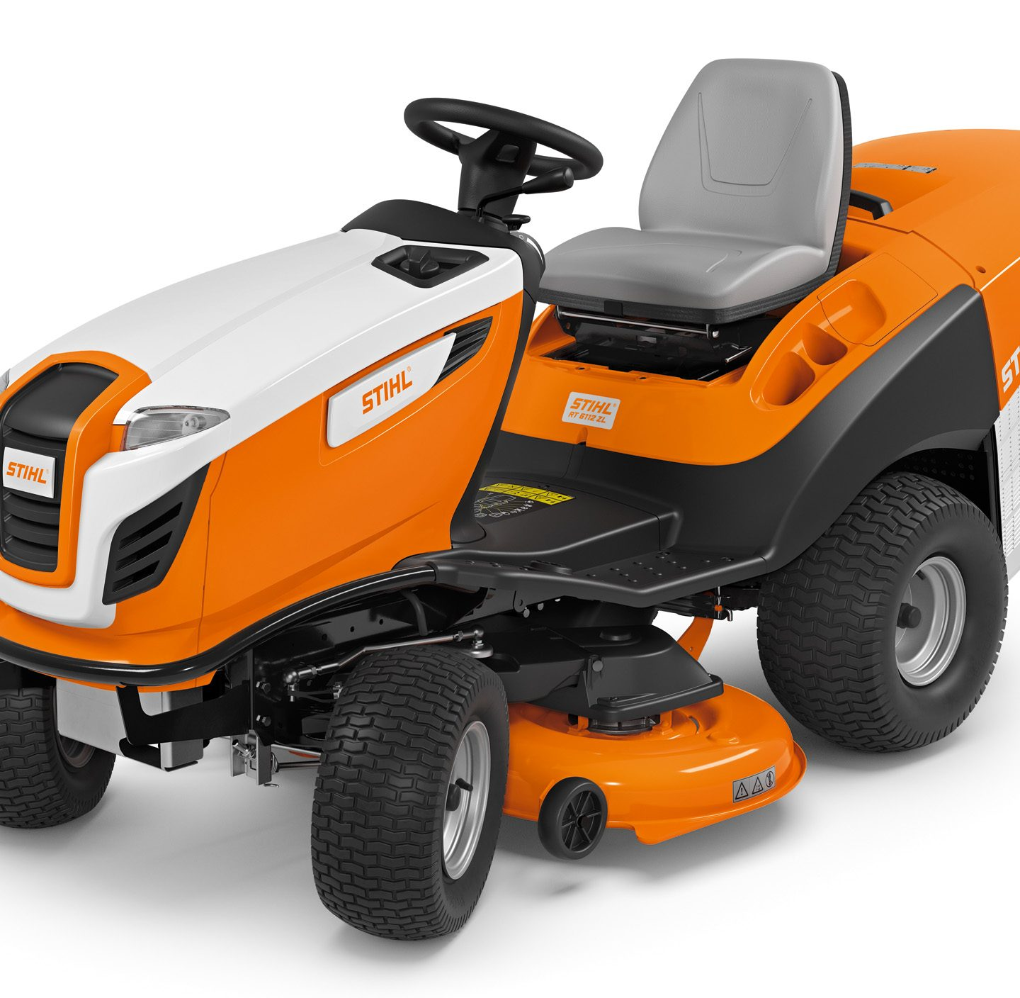 RT 6112 ZL - POWERFUL LAWN TRACTOR WITH EXCELLENT MOWING PERFORMANCE