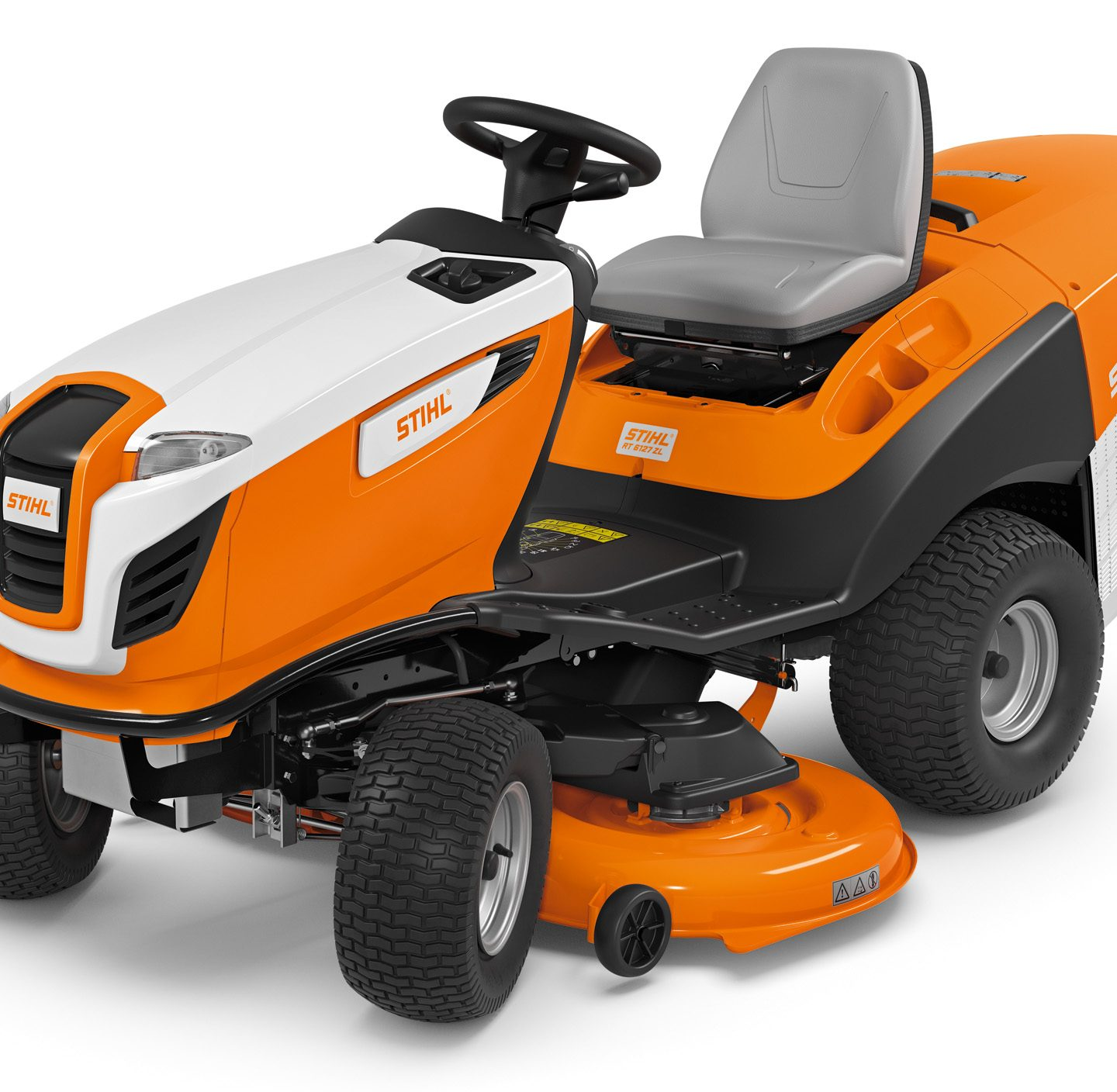 RT 6127 ZL - POWERFUL LAWN TRACTOR WITH EXCELLENT MOWING PERFORMANCE AND WIDE DECK